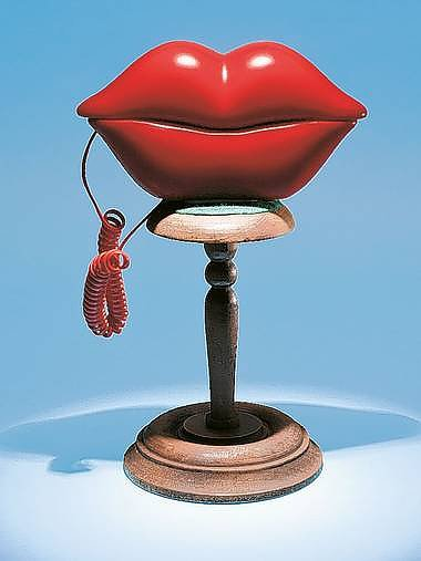 Retro Red Lips Telephone