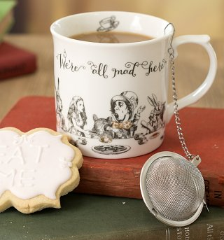 Alice In Wonderland Victoria & Albert Museum China High Tea Mug and Infuser Gift Set