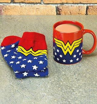 DC Comics Wonder Woman Mug and Socks Set