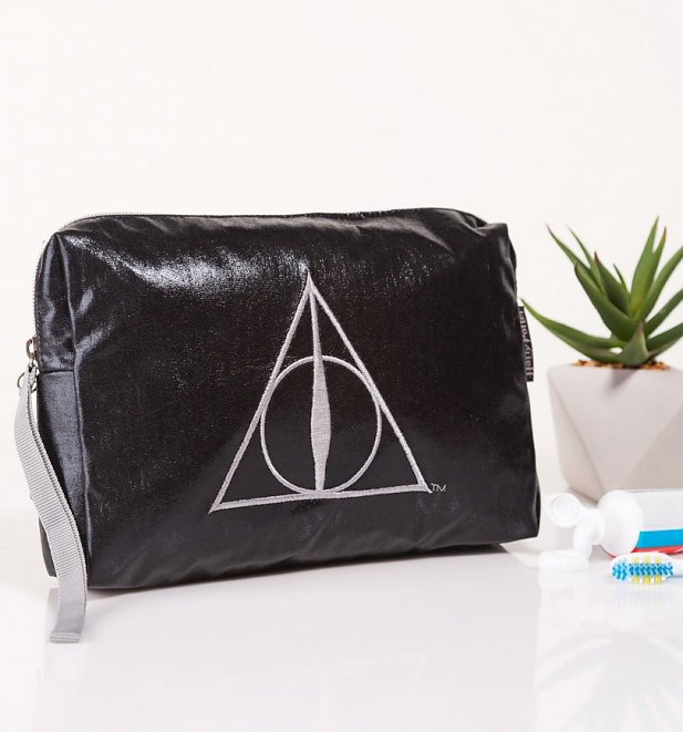 Harry Potter Deathly Hallows Wash Bag