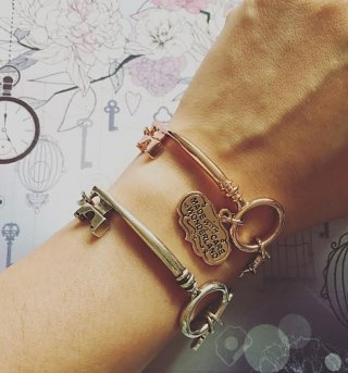 Rose Gold Plated Alice In Wonderland Key And Heart Charm Bracelet from Disney Couture