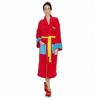 Women's Red Retro DC Comics Wonder Woman Dressing Gown