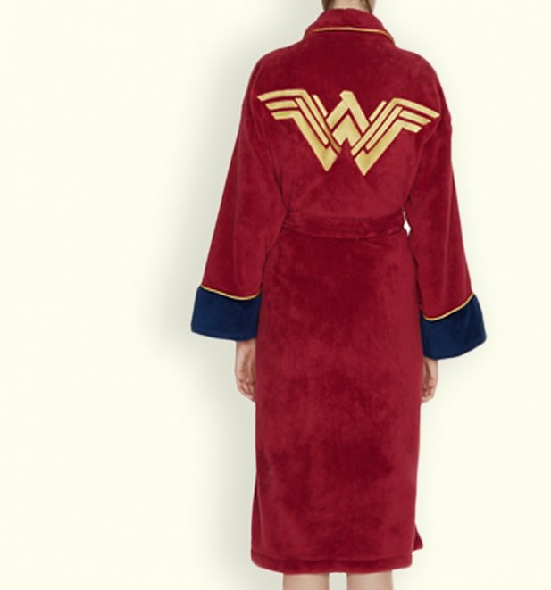 06f932fb25c0 Women s Red Wonder Woman DC Comics Batman V Superman Dressing Gown